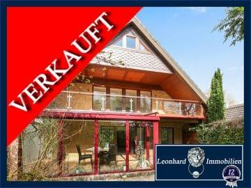 Refugium im Grünen!, 22359 Hamburg, Zweifamilienhaus
